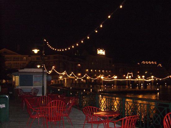 Disney's BoardWalk Inn: Boardwalk at night