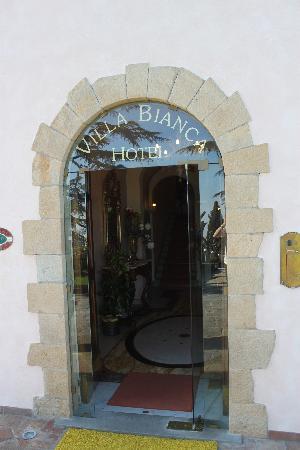 Villa Bianca Hotel : Hotel entrance