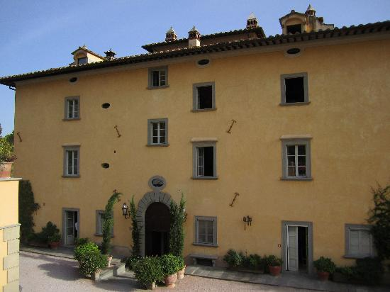 Palazzo Terranova: The front view of the Palazzo