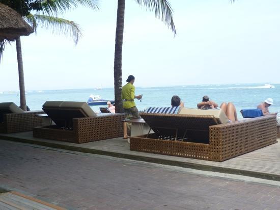 ปุรีซานเตรียนบีชรีสอร์ทแอนด์สปา: Beach front Puri Santrian