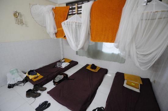 Hostel Nomads : 3 bed dorm