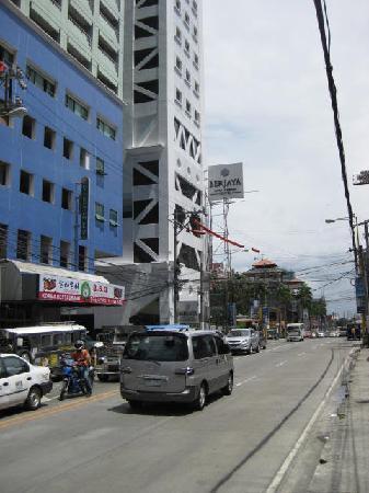 Berjaya Makati Hotel - Philippines: Berjaya Hotel
