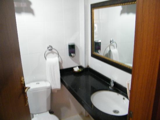 Istanbul Port Hotel: inside room