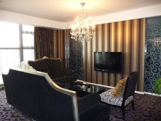 Christian's Hotel: Classically designed sofas - nice!
