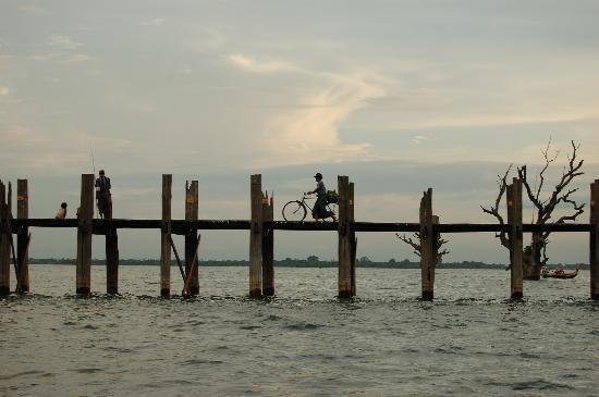 Amarapura, ميانمار: desde la barca