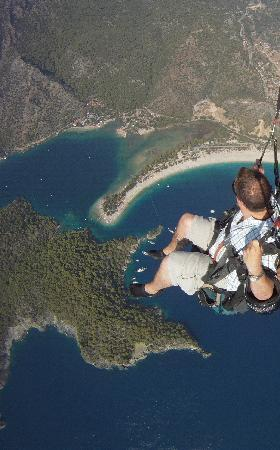 Aes Club Hotel: the paraglide