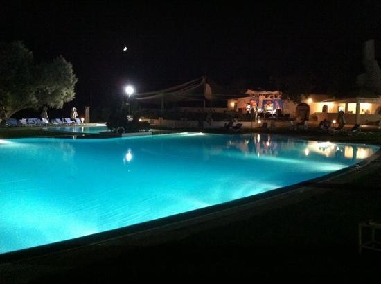 SENTIDO Le Sultan: piscina di notte