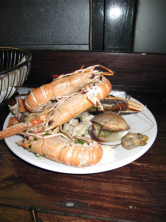 "Riddle and Finns The Beach : Decomposing Langoustines/Inedible Rubbery ""butter"" clams"