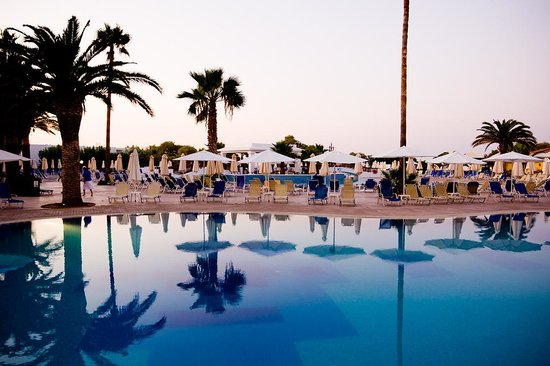 Louis Creta Princess Beach Hotel: Pool area