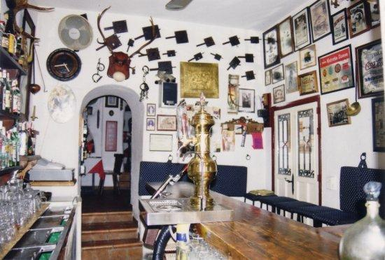 El Antler Restaurante: The Bar AND Kitchen