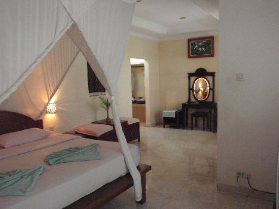 Graha Resort: inside view