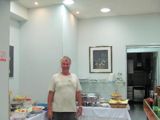 Hotel More: Breakfast room