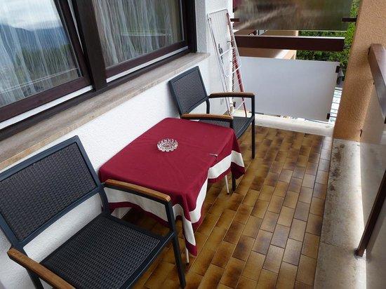 Hotel Gardenresidence Zea Curtis: Balcony