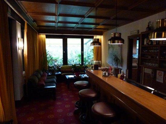 Hotel Gardenresidence Zea Curtis: Bar