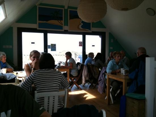 Godrevy Cafe: Breakfast @ Godrevy (upstairs overlooking beach). You can sit outside too