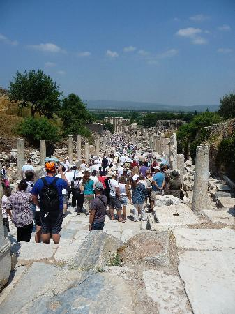 Istanbul to Ephesus Day Trip : Imagine if there was 200,000+ population