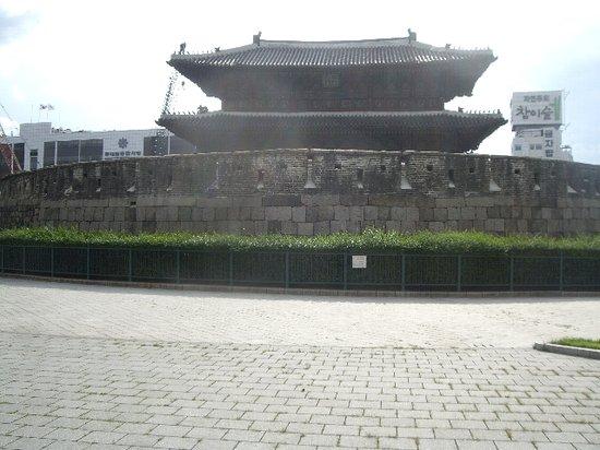 동대문 (흥인지문)