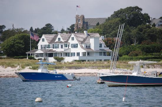 Catboat Rides: View of the Kennedy compound