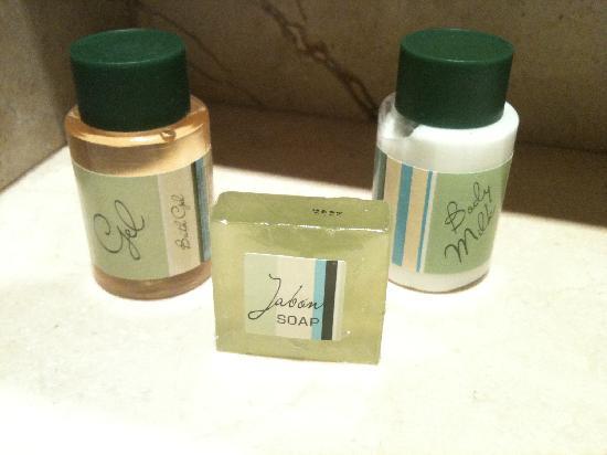 Hotel Aristol : Le kit de bain