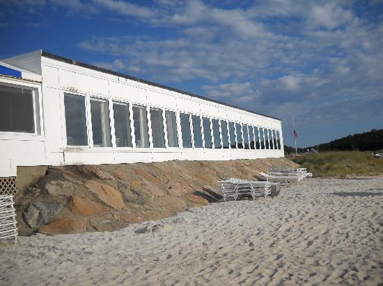 Sea Crest Beach Hotel: Ocean Front Restaurant