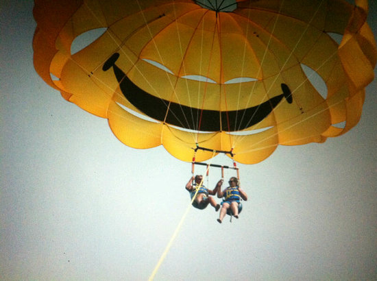 San Diego Parasail Adventures: High Five in the Sky