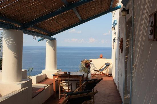 Ginostra, Italien: La veranda della camera