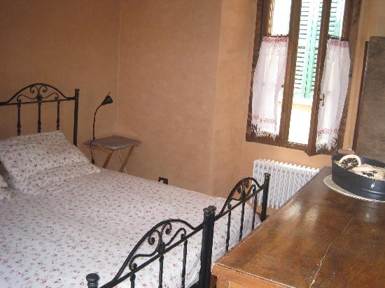 Osteria di San Giulio Bed and Breakfast: La Magnolia