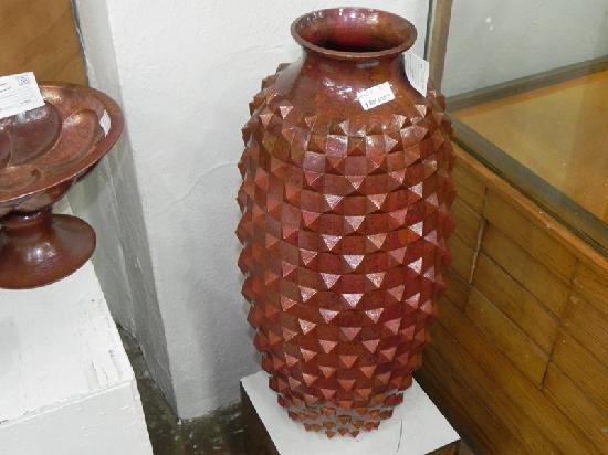 Museo del Cobre: Large Copper Vase
