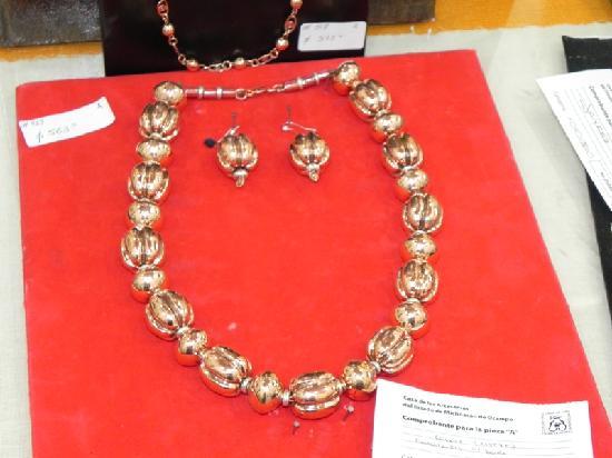 Museo del Cobre: Copper Necklace & Earrings