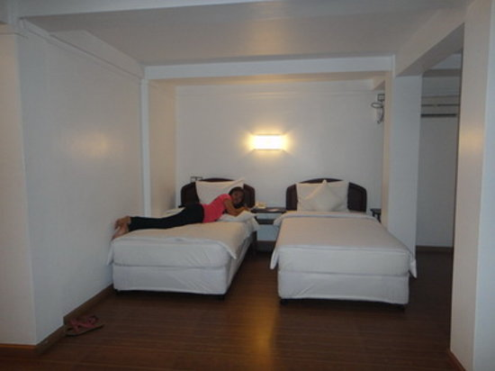 Clover Hotel : room