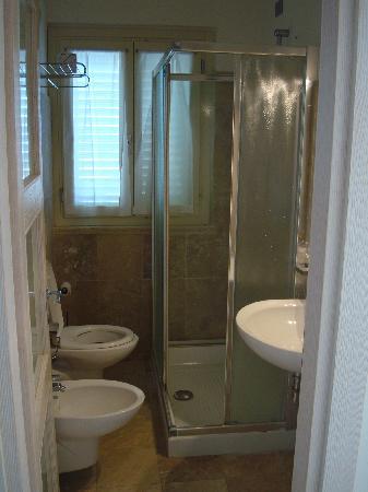 Hotel Alta la Vista : Il bagno della family