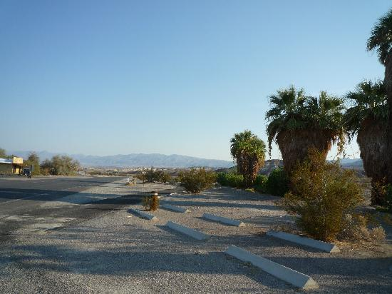 The Ranch at Death Valley: road outside the Ranch