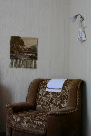 Komfort : кресло-кровать в номере 13.