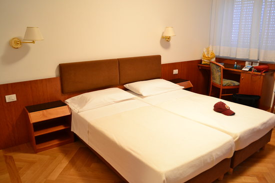 Hotel Adria: Our Room