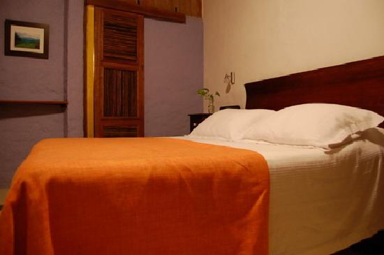 La Casa: Our room