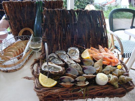 La-Couarde-sur-Mer, France : Assiette Cabane