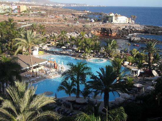 La piscina picture of roca nivaria gh adrian hoteles for Adrian hoteles jardin de nivaria tenerife