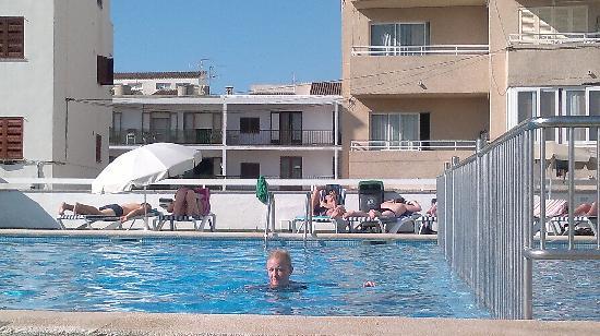 BelleVue Belsana: pool area