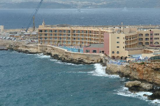 Paradise Bay Hotel - room photo 4932171