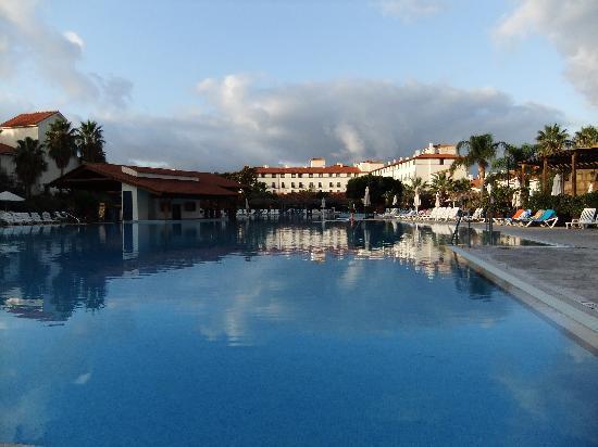 PortAventura Hotel El Paso: main pool