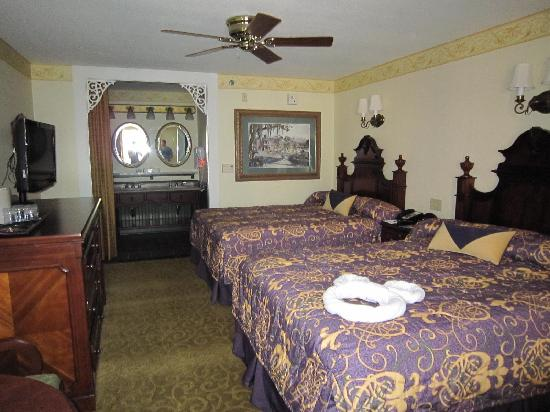 Disney's Port Orleans Resort - French Quarter: Our room