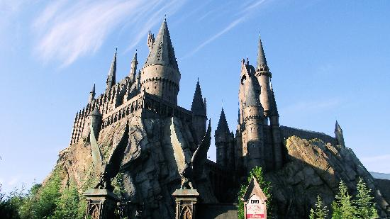 The Wizarding World of Harry Potter: Hogwarts