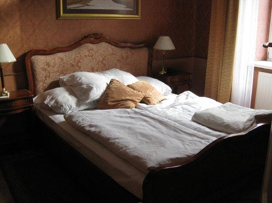 Senacki Hotel: Bedroom