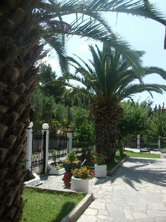 Fantasia Studios and Apartments: Villa Fantasia