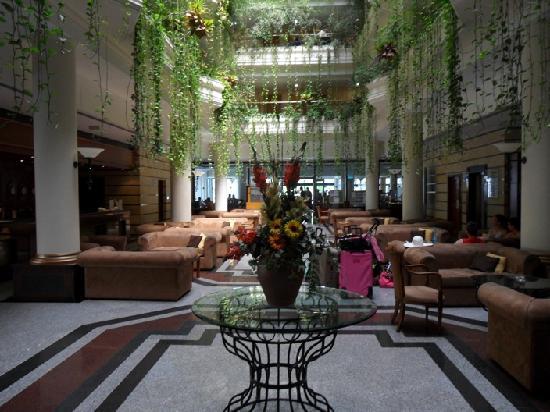 Anastasia Beach Hotel: Lobby