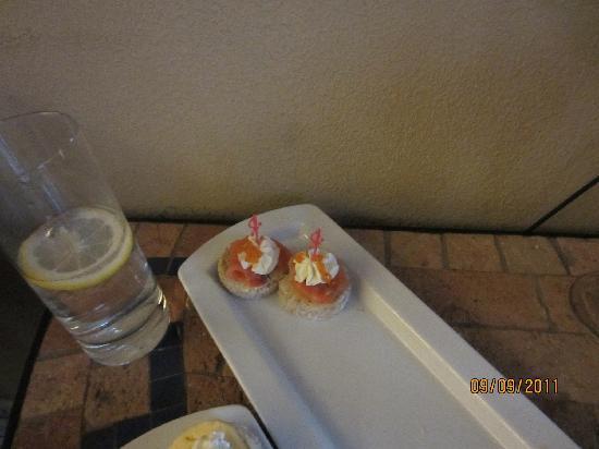 Leopolis Hotel: Caviar Appetizers - Yum Yum