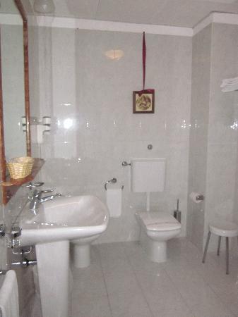 Baglio Conca d'Oro: bathroom