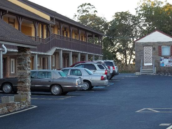 Americas Best Value Inn Ronks: A good place to stay