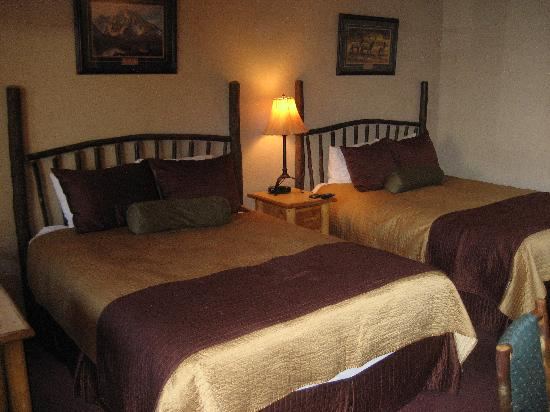 Antler Inn: Beds