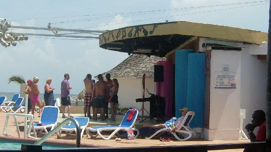Royal Decameron Club Caribbean: The outdoor stage